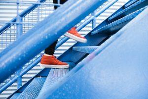 Treppensturz mit Bänderriss