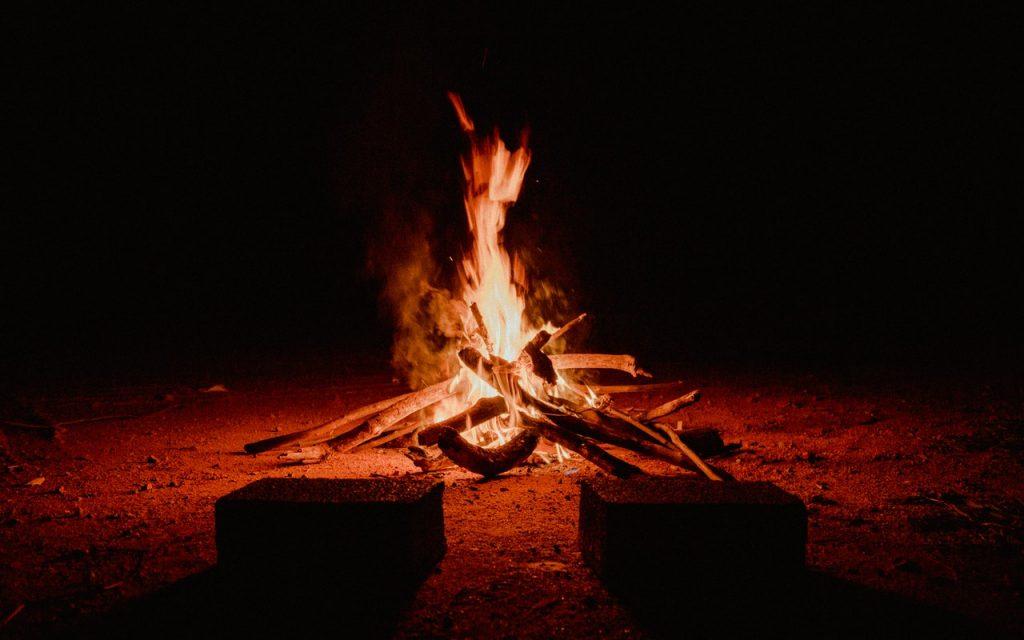 Raubnächte-ein wärmendes Feuer